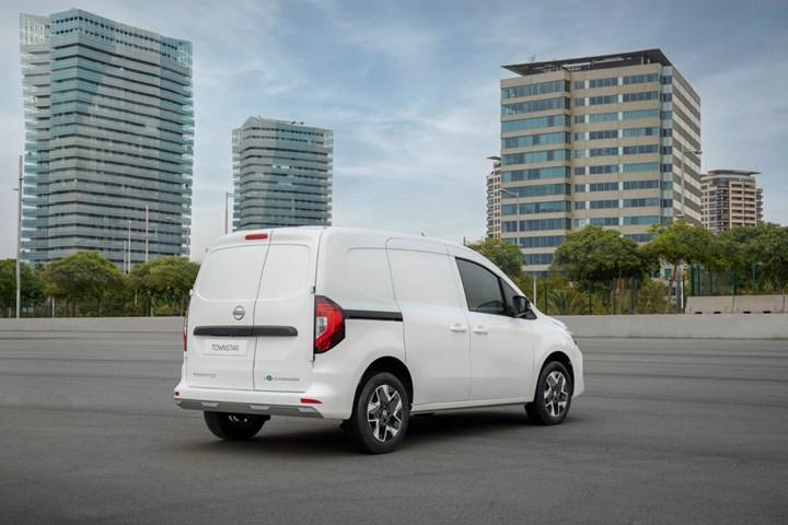 Renault Kangoo'nun ikiz kardeşi tanıtıldı: Yeni Nissan Townstar