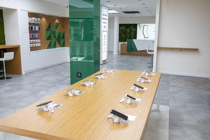 Easycep, ilk 'yenilenmiş telefon' mağazasını açtı