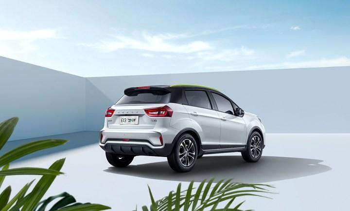 Çinli marka Geometry, yeni elektrikli B-SUV modeli EX3'ü tanıttı