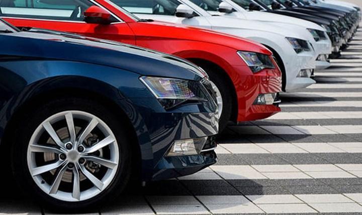 Eylül ayında otomobil satışları yüzde 40'a yakın azaldı