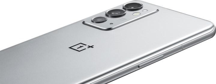 OnePlus 9 RT'nin görüntüleri ortaya çıktı