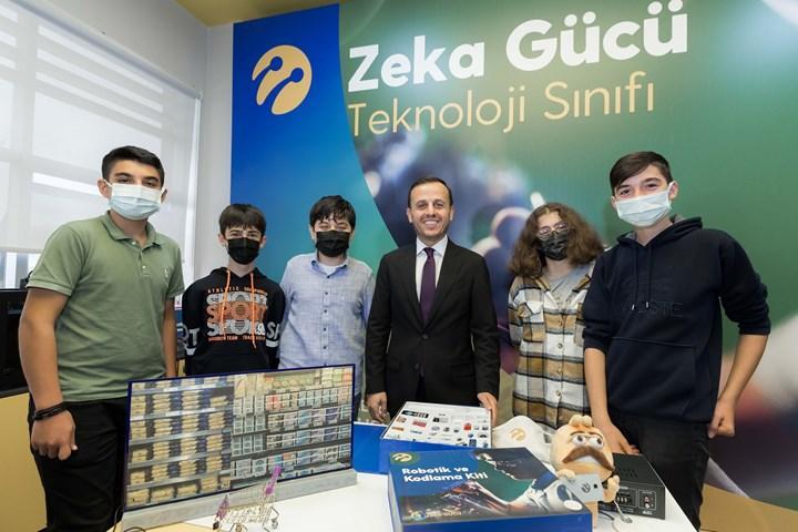 Turkcell Zeka Gücü'nde 25 yeni sınıfın toplu açılışı yapıldı
