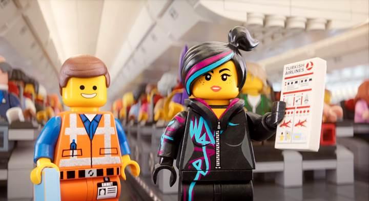 THY'den Lego'lu uçuş emniyet videosu