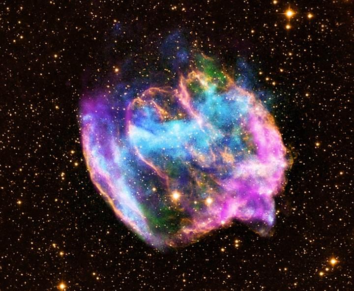 Kara delik oluşumunda gama ışınları zamanı tersine mi çeviriyor?