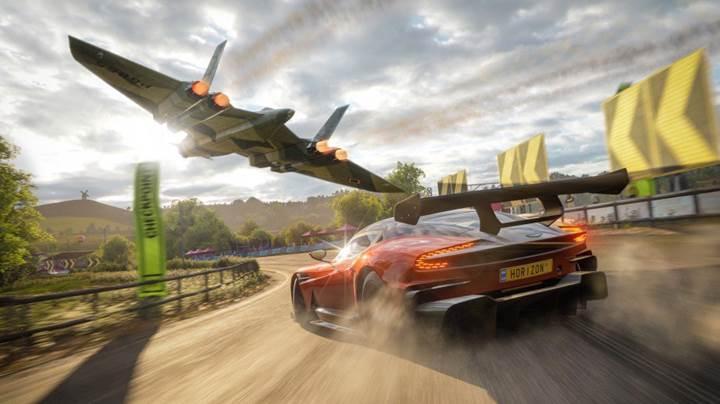 Forza Horizon 4, James Bond araçlarına kavuşuyor