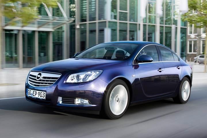 Opel'in 100 bin aracına emsiyon skandalı nedeni ile geri çağırma