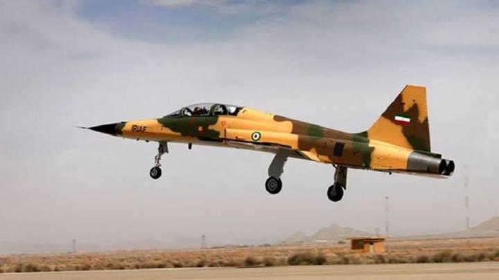 İran yerli savaş uçağı Kevser için seri üretime başlıyor
