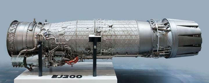 Milli muharip uçak için motor geliştirme çalışmalarında sözleşme imzalandı