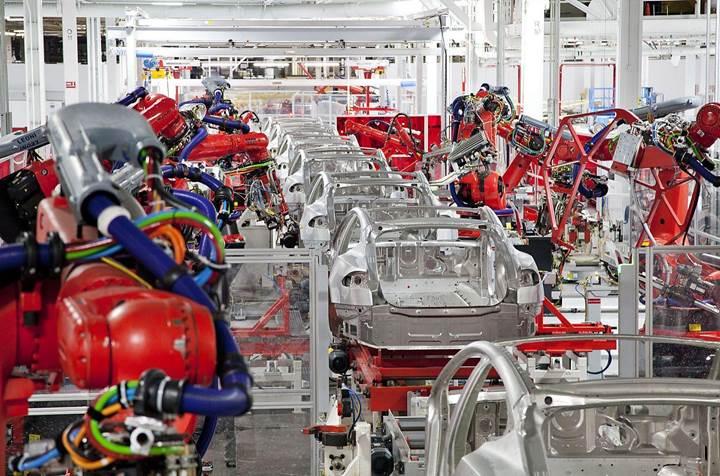 Tesla artık günde 1.000 adet Model 3 üretiyor