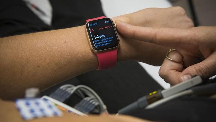 Apple Watch'ın EKG özelliği kullanıma açıldı