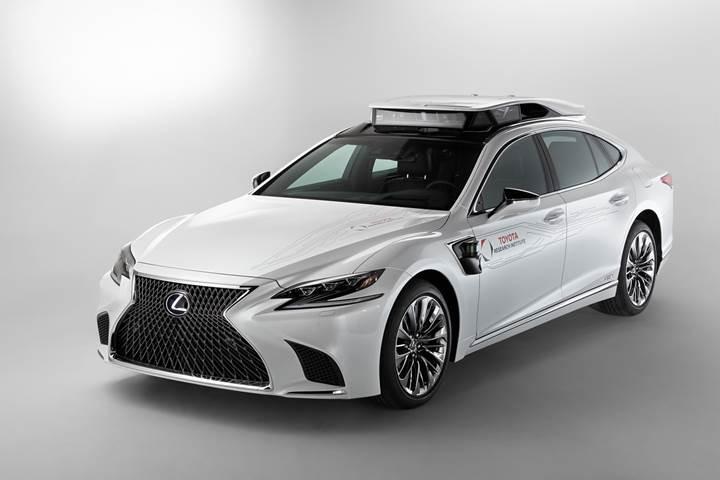 Toyota yeni otonom test aracını duyurdu