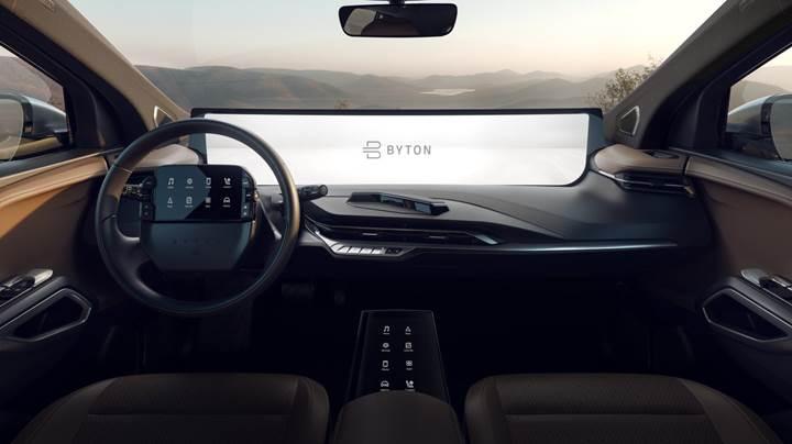 48 inçlik dev bilgi-eğlence ekranına sahip ilk otomobil: Byton M-Btye SUV