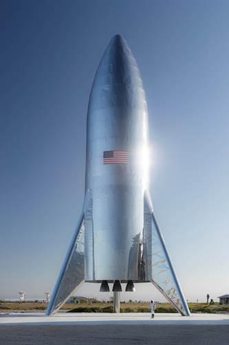 Elon Musk, Starship'in ilk fotoğrafını paylaştı: Test uçuşuna hazır