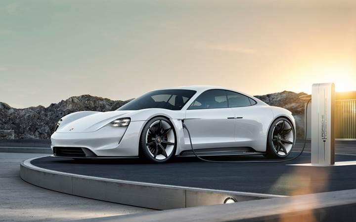 Porsche, Taycan üretimini iki kat artırma kararı aldı