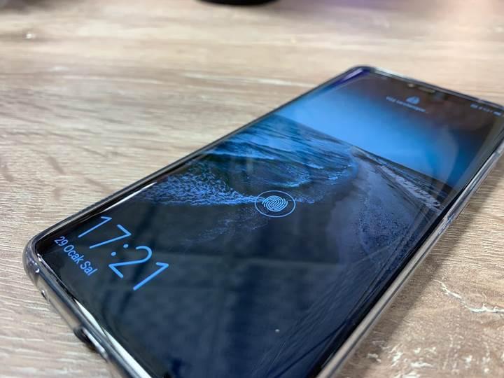 Huawei Mate 20 Pro hangi güvenlik özelliklerine sahip?