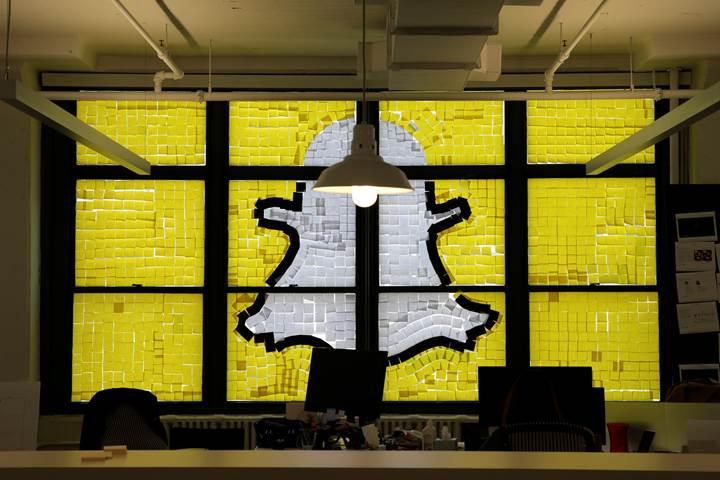 Snapchat aktif kullanıcı sayısını arttırıyor