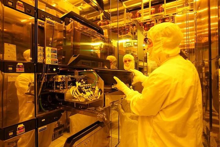Micron 3D XPoint fabrikaları için Intel'e 1.5 milyar dolar ödeyecek