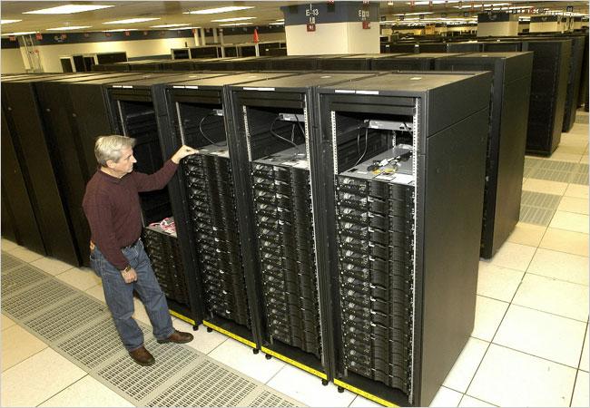 IBM'in Cell tabanlı süperbilgisayarı PetaFLOP barajını aştı