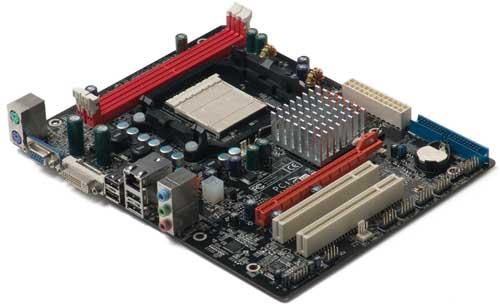 ZOTAC'dan GeForce 8200 yonga setli yeni anakart