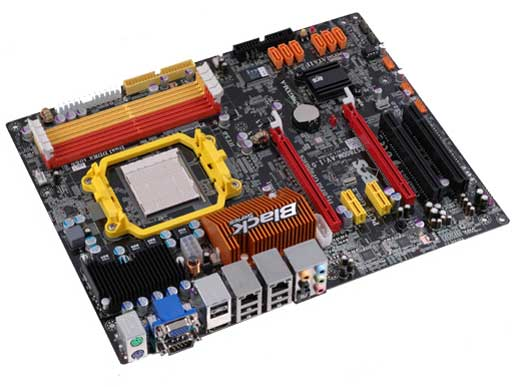 ECS, Black serisine 790GX yonga setli yeni anakartını ekliyor