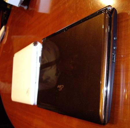 Asus Eee PC S101 görüntülendi