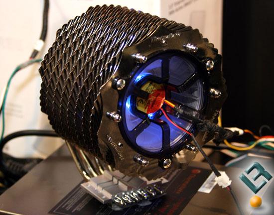 Thermaltake'den yeni işlemci soğutucusu; SpinQ