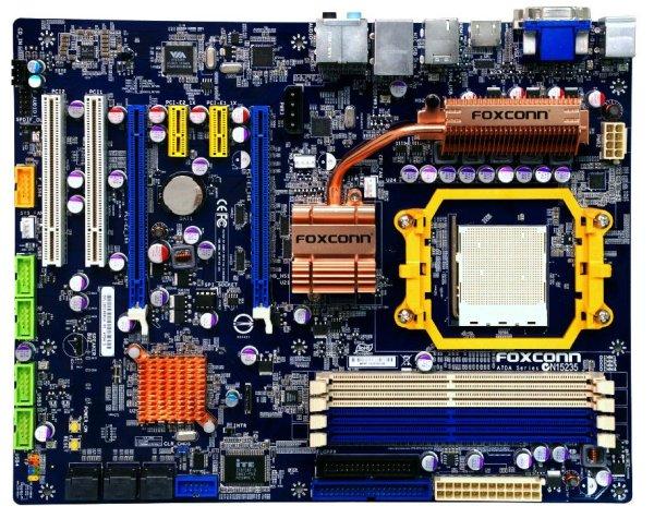 Foxconn, AMD'nin 790GX yonga setini kullanan yeni anakartlarını duyurdu