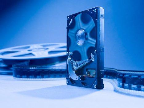 Hitachi CinemaStar serisi sabit disk ailesini genişletiyor