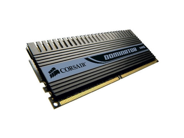 Corsair DDR2 ve DDR3 belleklerde vites yükseltiyor